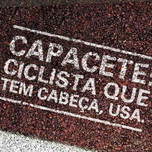 Capacete: Ciclista que tem cabeça, Usa.