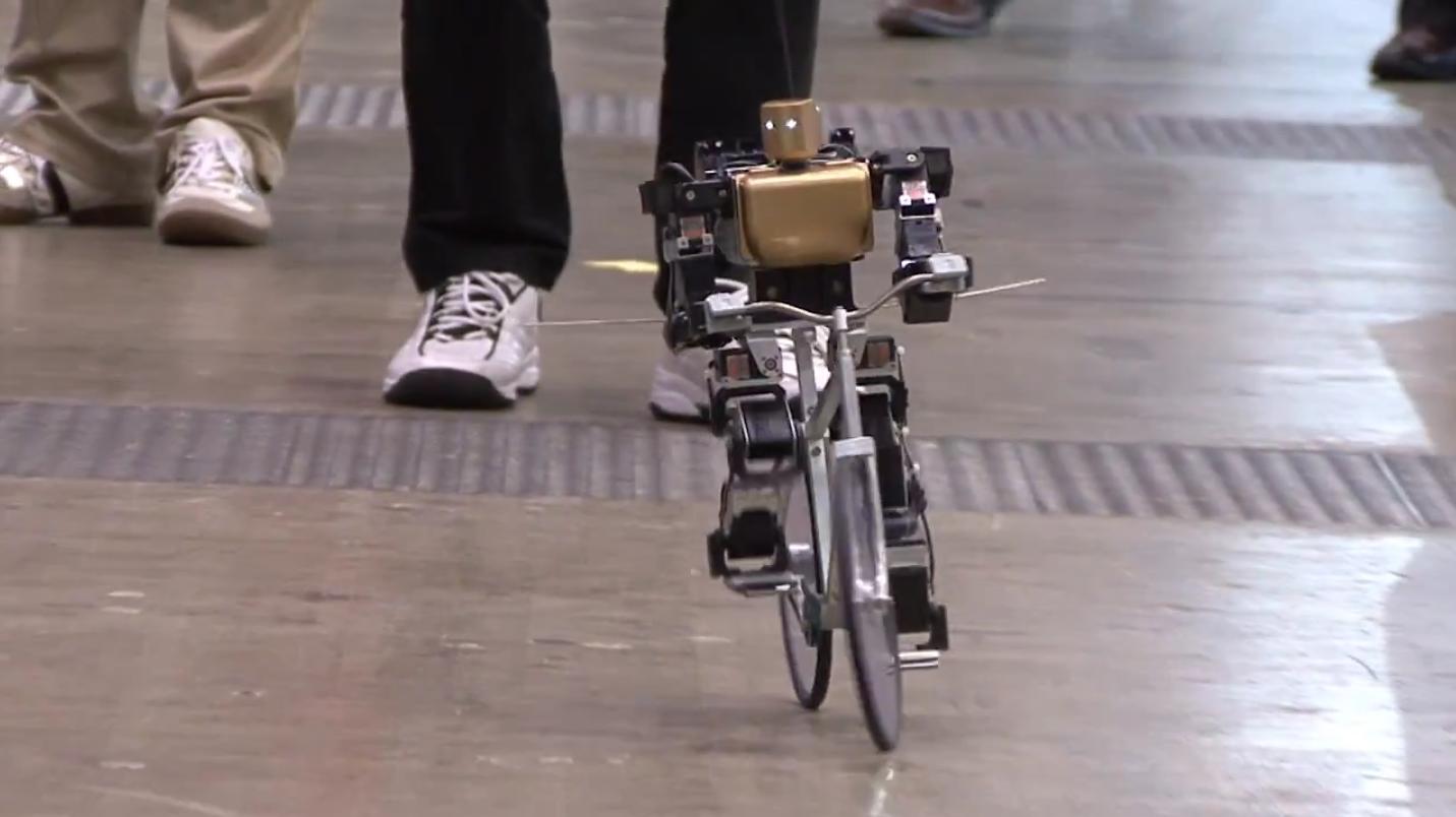 Primer V2 - O Robô Ciclista